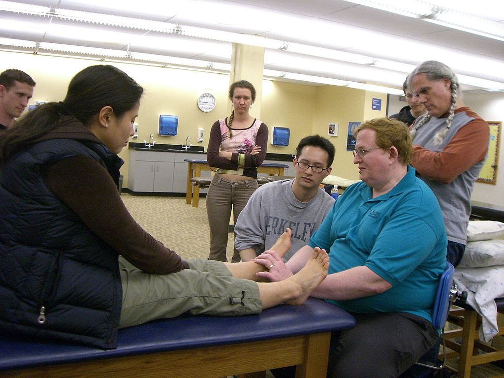 Osteopathy Complements Mainstream Physiotherapy