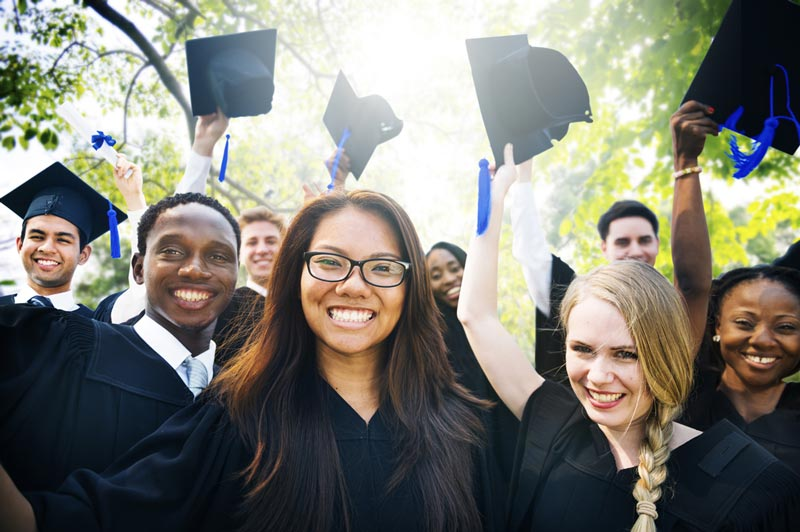 graduate essays for education Higher education best graduate of earning a full ride to business school individuals who display both sincerity and motivation in their essays.